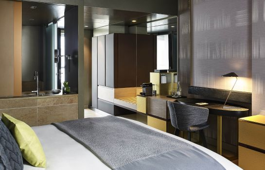 Double room (superior) Sofitel Munich Bayerpost