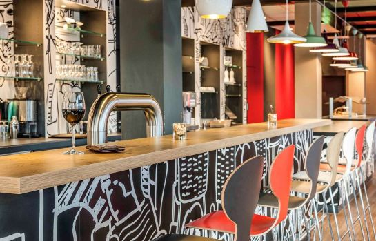 Hotel-Bar ibis Koeln Messe