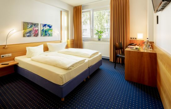 Double room (standard) MesseHotel Köln-Deutz