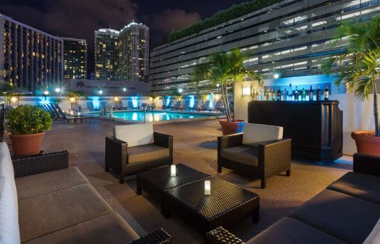 Hotel-Bar Courtyard Miami Downtown/Brickell Area