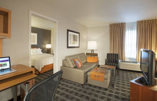 Suite TownePlace Suites Dulles Airport