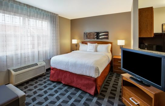 Zimmer TownePlace Suites Detroit Dearborn