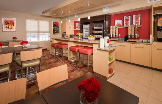 Restaurant TownePlace Suites Virginia Beach