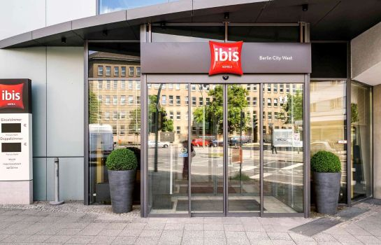 Vista exterior ibis Berlin City West
