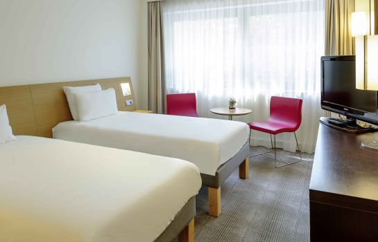 Standard room Novotel Aachen City