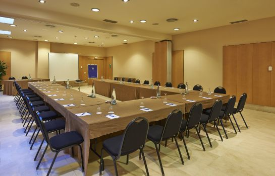 Meeting room NH PORTA DE BARCELONA
