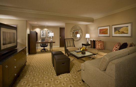 Suite Toronto Airport Marriott Hotel