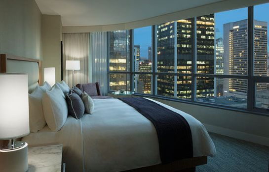 Zimmer Vancouver Marriott Pinnacle Downtown Hotel