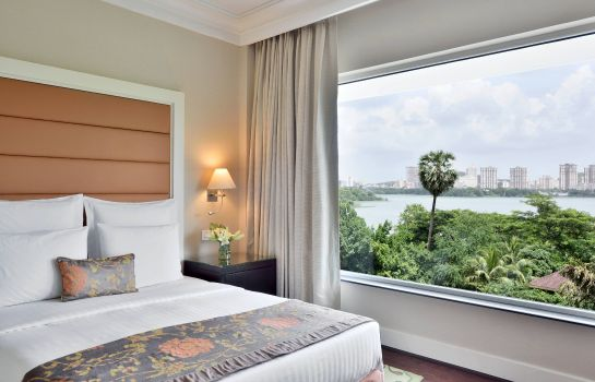 Suite Lakeside Chalet Mumbai - Marriott Executive Apartments