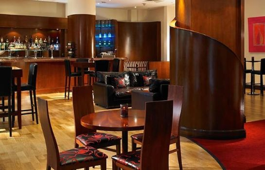 Hotel bar London Marriott Hotel Maida Vale