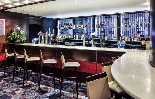 Hotel bar Mercure Chester Abbots Well Hotel