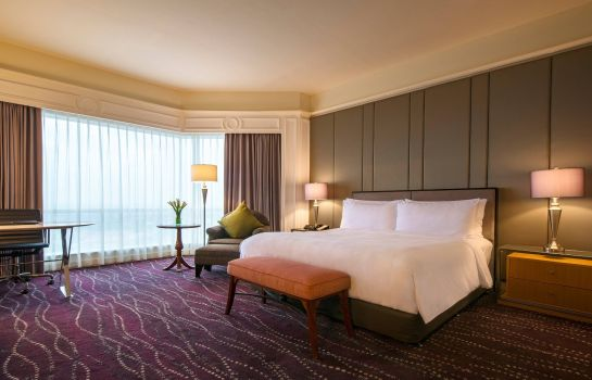 Suite JW Marriott Hotel Surabaya