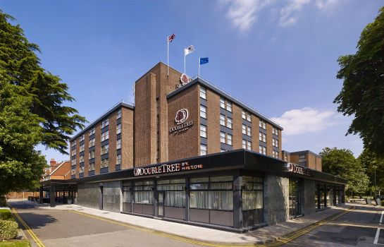Vista exterior DoubleTree by Hilton London - Ealing