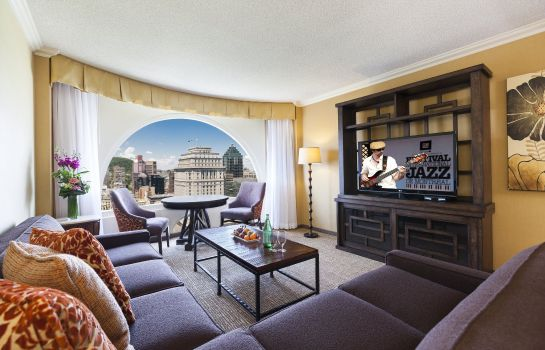 Suite Montreal Marriott Chateau Champlain