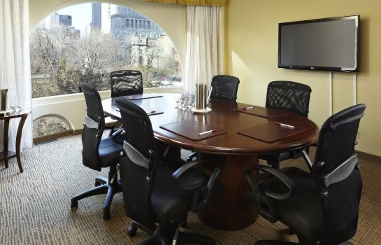 Conference room Montreal Marriott Chateau Champlain