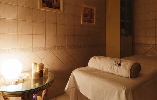 salle de massage Grand Hotel Emerald