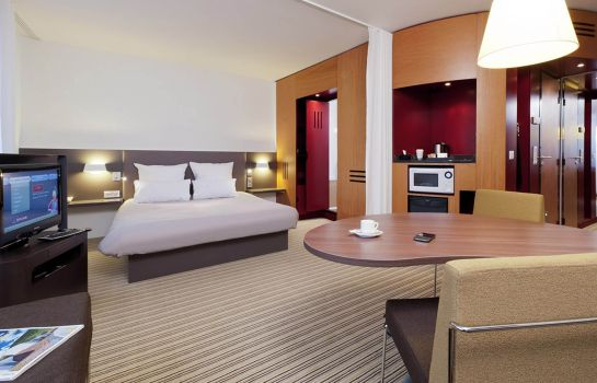 Camera Novotel Suites Paris Roissy-CDG