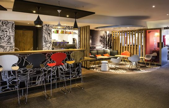 Hotel-Bar ibis Bordeaux Lac