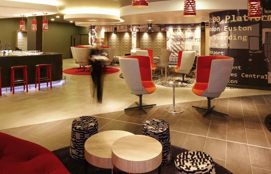 Hotelhalle ibis London Euston Station - St Pancras International