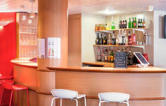 Bar del hotel ibis Cergy-Pontoise Le Port