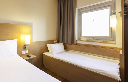 Zimmer ibis London Luton Airport