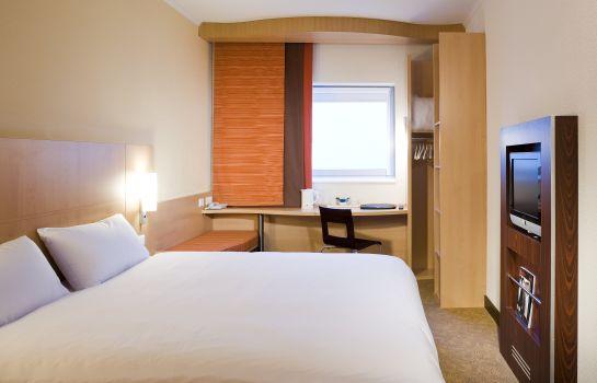 Accor Hotels Gatwick Airport
