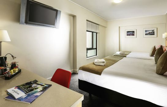 Standard room ibis Sydney World Square