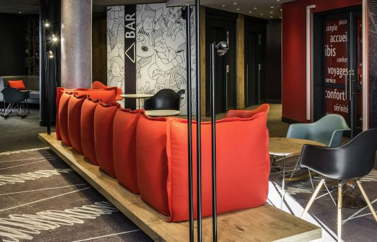 Hotel bar ibis Paris La Défense Courbevoie