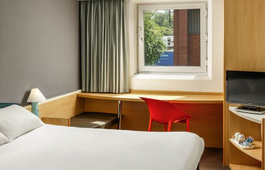 Standardzimmer ibis Hull City Centre