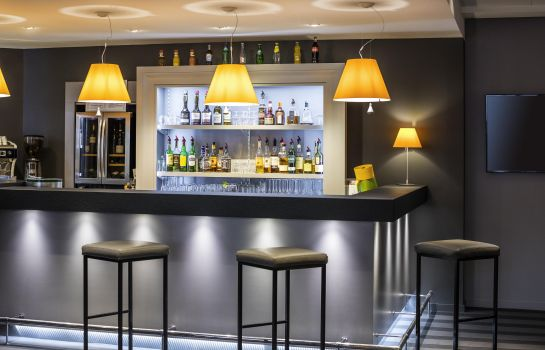Hotel-Bar Hôtel Mercure Caen Centre Port de Plaisance
