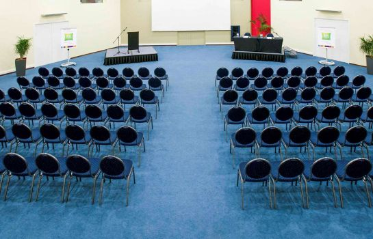 Conference room ibis Styles Louvain la Neuve Hotel and Events