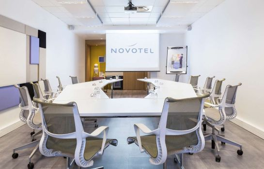Conference room Novotel Paris Charles-de-Gaulle Airport