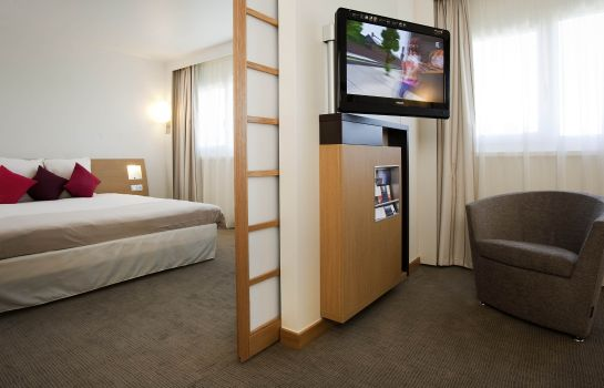 Information Novotel Saint-Quentin Golf National