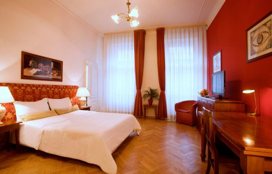 Double room (standard) Suite Home Prague