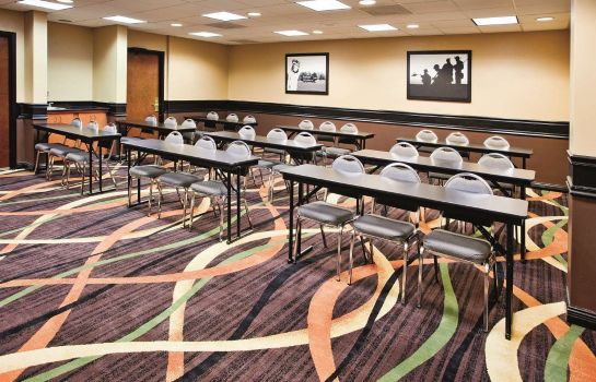 Conference room LA QUINTA INNS AND SUITES CLARKSVILLE
