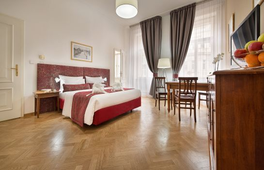 Single room (standard) Suite Home Prague