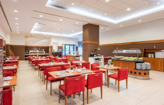 Petit-déjeuner buffet Valencia Oceanic Managed by Melia Hotels International