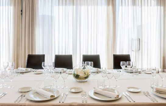 Restaurant Valencia Oceanic Managed by Melia Hotels International
