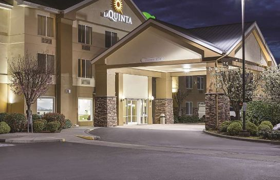 Widok zewnętrzny La Quinta Inn and Suites Central Point - Medford