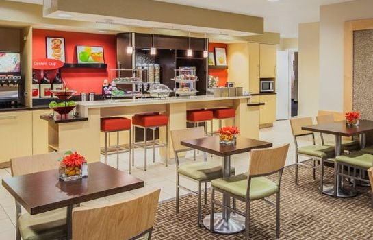Restaurant TownePlace Suites Houston Northwest
