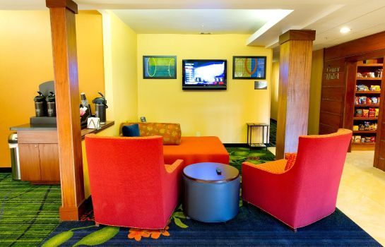 Lobby Fairfield Inn & Suites Arlington Near Six Flags