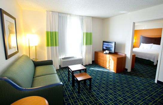 Room Fairfield Inn & Suites Arlington Near Six Flags