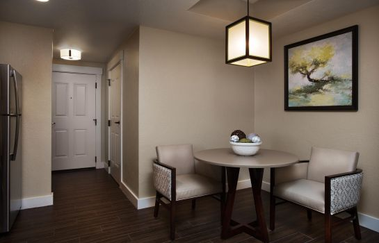 Zimmer Grand Residences by Marriott Tahoe - 1 to 3 bedrooms & Pent.