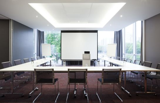 Meeting room Novotel Paris 17