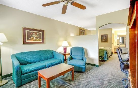 Pokój standardowy Days Inn And Suites Peachtree City