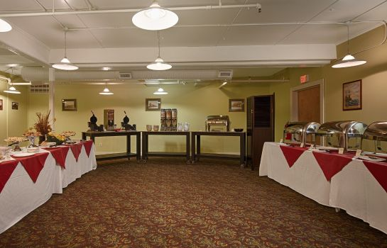 Restaurant BEST WESTERN MERRY MANOR INN