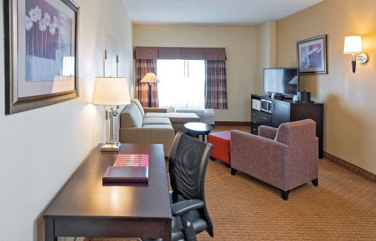 Suite Best Western Plus Hotel & Conference Center