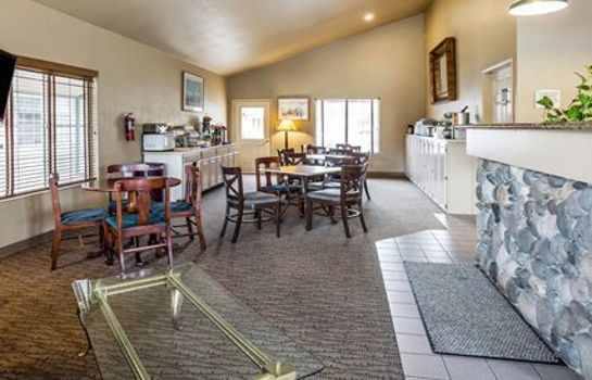 Hall Quality Inn & Suites Minden