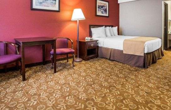 Suite Quality Inn & Suites Minden