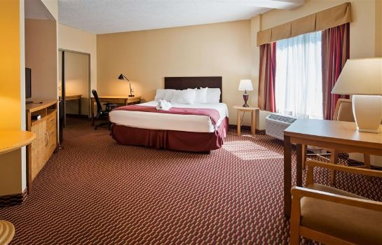 Suite SureStay Plus Hotel by Best Western Syracuse Airport